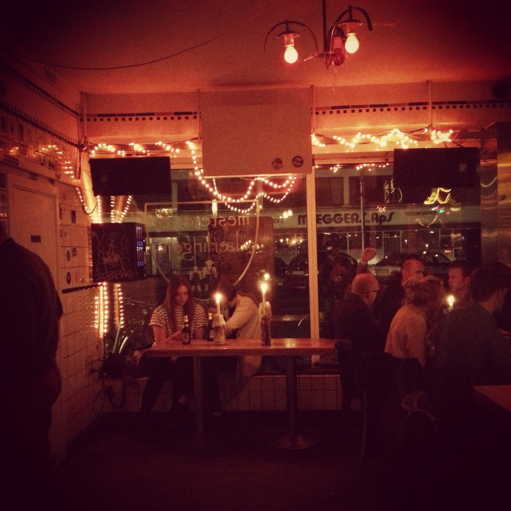 Mesteren & Laerlingen - cozy bar!