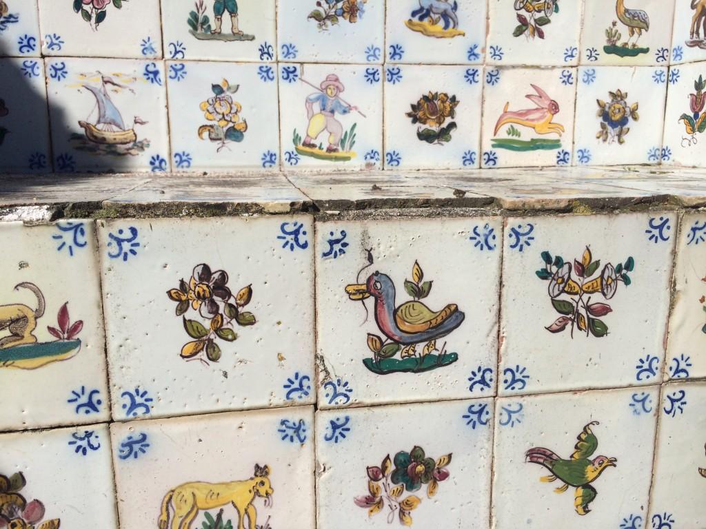 Tiled bench at Quinta da Fata
