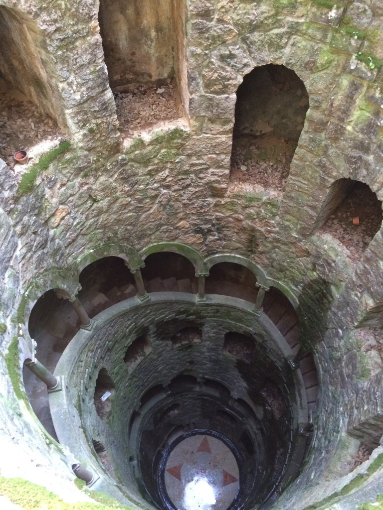 Well at Quinta da Regaleira
