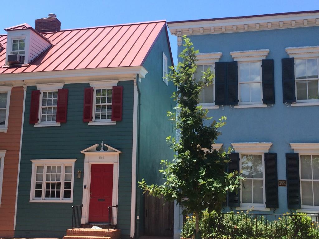 Cute houses in Georgetown